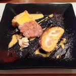 Ichimiichie - 2種のデザート盛り合わせ(マンゴームースのシャルロット、洋なしのロールケーキ)