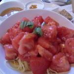 フィオレット - トマトの冷製パスタ