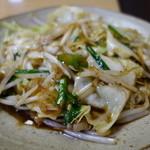 山六食堂 - 「ラム肉焼」に続いて「野菜炒め」