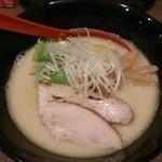 ゆうすけ - 濃厚鶏白湯¥750