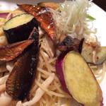 30662444 - 秋野菜とサンマの燻製のペペロンチーノ