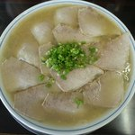 ラーメン げんこつ家 - チャーシュー麺大盛り800円(2014.8)