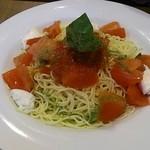 30666122 - フレッシュトマトとイタリア産モッツアレラの冷製カッペリーニ