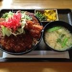 ペリカンレスト - ミックスソースカツ丼\980