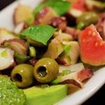 よしもと食堂 - 島蛸とオリーブのバジルソース