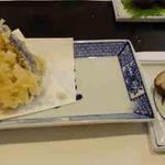 30678586 - 天ぷらと里芋