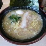 麺屋 達 - '14/09/14 ラーメン中盛(780円)+のりたまごセット(110円)