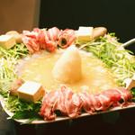 青空食堂 - 料理写真:人気の国産豚の富士雪しゃぶしゃぶ