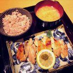はしや - 料理写真:鶏もも肉の醤油麹焼き(2014/09/14撮影)