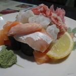異彩 - 北海こぼれ寿司