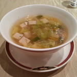 30691985 - お替り出来た中華スープです。