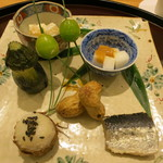 日本料理 太月 - 26年8月 柿・ありの実白和え、小芋、新銀杏、小茄子茶筅、生落花生、石川小芋、鰯梅煮