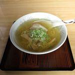 かとちゃん食堂 - 料理写真:塩ラーメン(600円)
