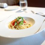 Cucina Italiana 東洞 - 間人産白イカと甘長唐辛子のアーリオオーリオ ハーフサイズ  '14 9月上旬