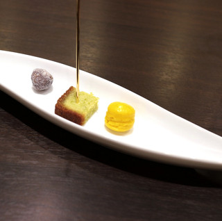デセール ラ・フラムブルー - ミニャルディーズ(小菓子) '14 9月上旬