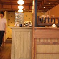 カフェ キツネ-スタイリッシュな空間