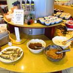 ホテル玄 - 料理写真:ブッフェ台