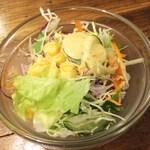 ピーナッツ食堂 - サラダ