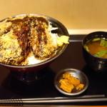 30715654 - 890えん『ブラックメンチ丼』2014.8