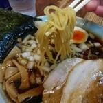 30716256 - 醤油ラーメン(細麺)リフト