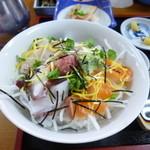 大阪屋 - 刺身丼