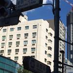 カフェ・ベローチェ - 靖国通り、新宿一丁目北信号のところにあります