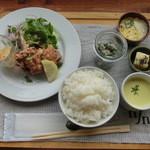 カフェ リン - 本日の鶏からランチ