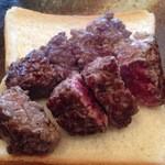延岡みやちく - もも肉:塩、わさび、ニンニク醤油、ポン酢で食べ分けました