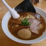 濃厚魚介らぅ麺 純 - 豚骨魚介あっさりらぅ麺 大盛(ストレート麺)+煮玉子