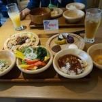 都野菜 賀茂 - チョットずつ取ってきました。