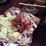 Okonomiyakiteppanyakibanchou - 鶏皮焼き?