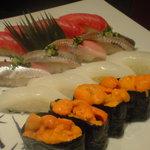 築地 寿司岩 - 赤身:中トロ:秋刀魚:イカ:ウニ