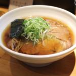 ラーメン巌哲 - 肉醤油 (2014/09)