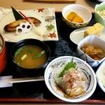 30734133 - 焼魚定食(銀鱈西京焼)