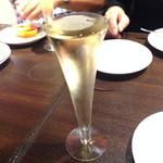俺のフレンチ・イタリアン AKASAKA - スパークリングワイン
