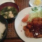 喫茶憩 - 料理写真:カツ定食