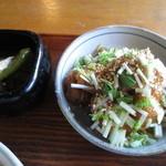 日常茶飯 - 伏見唐辛子の煮びたし&鶏むね肉の梅生姜焼き