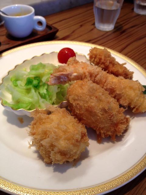 キッチン直 - 盛り合わせ(帆立、海老、カニクリーム、ヒレ)1800円