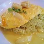 ルロア ヴァン - ホタテとホワイトアスパラとミモレットチーズのクリームオムライス(14年8月ランチ)