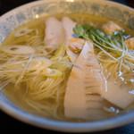 千思萬考 - 料理写真:鶏そば 一番搾り 塩