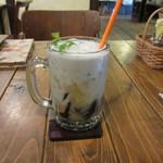 モノカフェ ワヲン - 緑豆あんと仙草(薬草)ゼリーのチェー