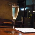 30745995 - スパークリングワイン(500円)