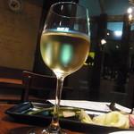 30746005 - 白ワイン(600円)