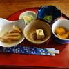 いそ山海料理 - 料理写真:最初に、小鉢が色々