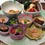 旬彩 花見小路 松葉寿司 - 料理写真:1500円のランチ