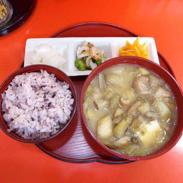 むじ汁専門店 万富 - むじ汁定食(¥700)。田