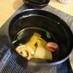 和み茶屋 - お吸い物 ゆばと冬瓜のすまし仕立て  さっぱりとした昆布メインのお椀です