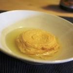 和み茶屋 - 巻き揚げ湯葉の含め煮 かなり甘いけど、とろんとしって、コレを食べずには帰れませんね