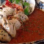 寿シーフード - シーフードカレー 牡蠣、ホタテ、ハマグリそれぞれ2つと海老。どれも大振り。カレーはさらっとスパイシー