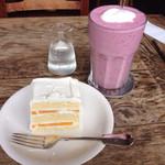 グレイズ - ホワイトケーキとベリーのスムージー